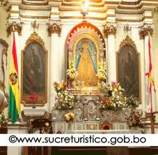 This is the capilla of la Virgen de Gudalupe inside the church cathedral.