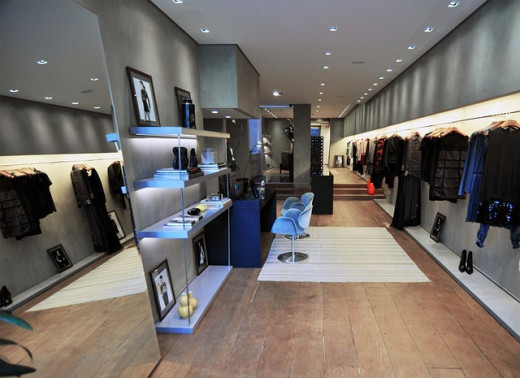 This sucessful clothing store surely maintains an effective business plan and good updates.