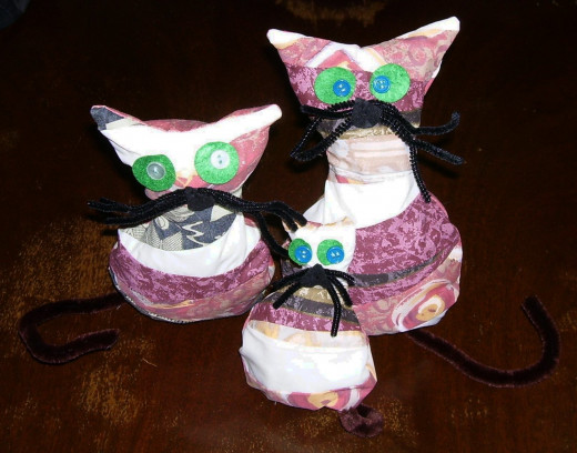Cute kitties!  Easy and fun to make!