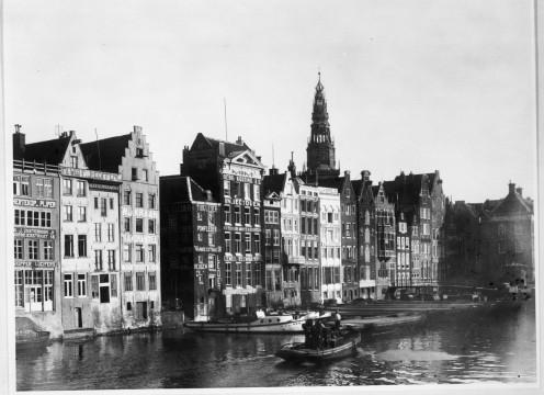 Damrak, and the rear of Warmoesstraat, Amsterdam, in 1930