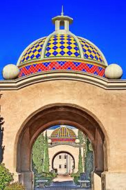 The crowning of this archway offers yellows, reds, blues and white