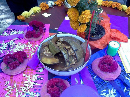The principal idea of the image is to share the colors of the food that the Mexicans use to offer to their dead people who are coming to visit the 2nd November night; moreover you can see that is sweet pumpkin; although you can´t taste or smell it
