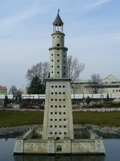 Historical Landmarks: The Lighthouse of Alexandria
