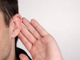 Listen when somebody is speaking