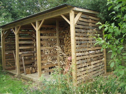 how to build wood store