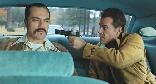 Michael Shannon and Roy Liotta in The Iceman