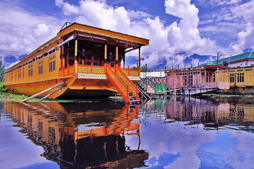 Houseboat moored in Dal lake