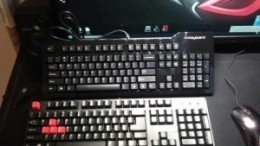A picture of the Das Keyboard (above) and the SteelSeries 6GV2 (below).
