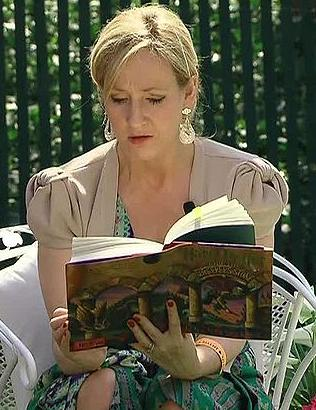 J.K. Rowling reading the first book in the Harry Potter series at the White House.