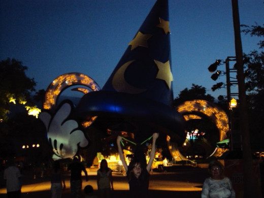 The Sorcerer's Hat - centerpiece for Hollywood Studios