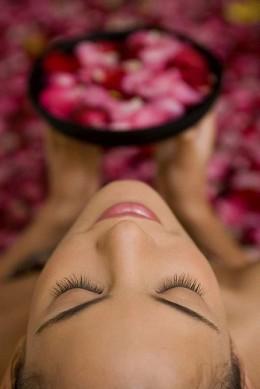 rose bath sensual woman from Bali Mandera beach hotels  flickr.com