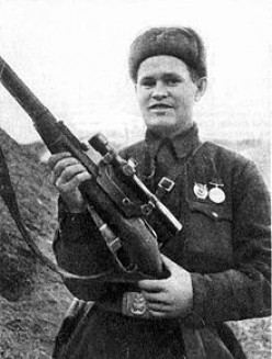 Vasilii Zaitsev and the sniper duel of Stalingrad: Reads More like a Legend