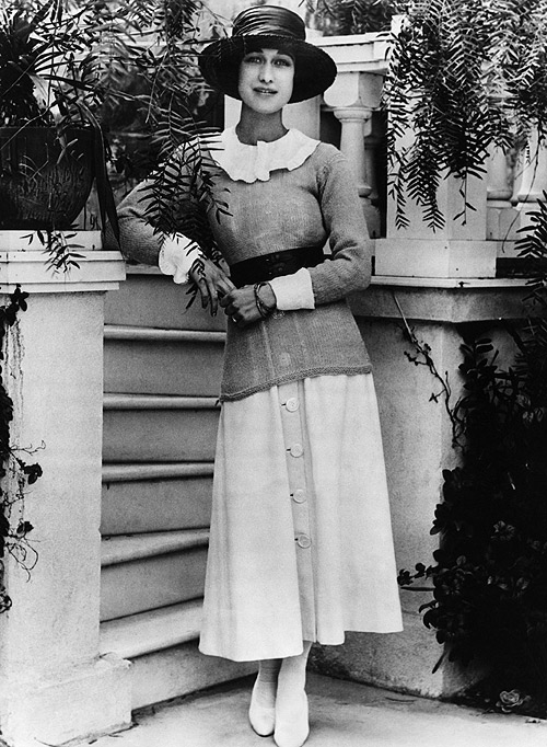 Mrs Wallis Simpson was having sense of style and pose in her personality