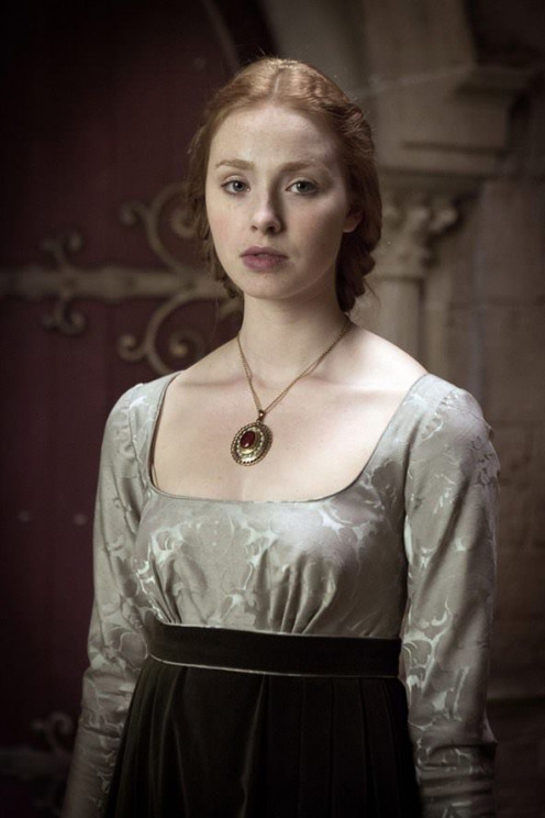 Elizabeth of York as she was depicted in the bbc series the White Queen