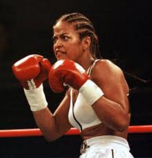 """Laila Ali is the daughter of Muhammad Ali and her nickname is """" She Be Stinging""""."""