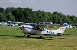 A Cessna182 plane similar to the one that Frederick Valentich was flying when he disappeared.