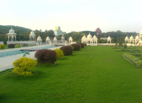 Ramoji Film City- Mughal Gardens