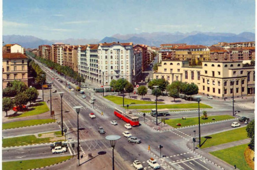 Turin in a post-card of the sixties. It does not seem so grey as in the stories of Marcovaldo.