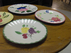 Dishes and Tableware on a Budget for Your First Set of Dinnerware