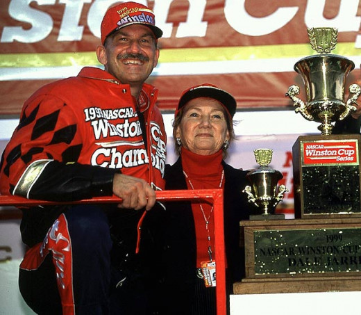 Dale Jarrett won the 1999 title by more than a full race in points