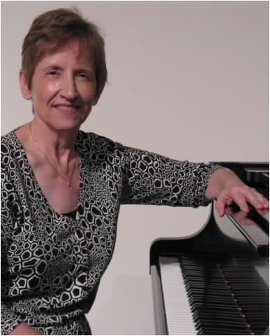 The talented LaVon Mattson our piano accompianist.