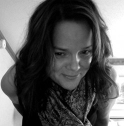POETRY REVIEWS-Melinda Cochrane