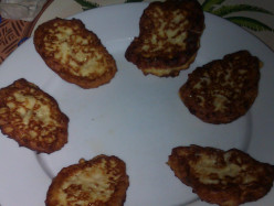Quick and Easy Pan Fried Cauliflower Fritters Recipe