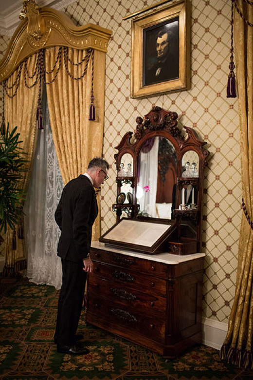 Actor Daniel Day Lewis visits the White House in preparation for his role as Lincoln
