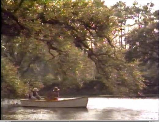 An example of Janusz Kaminski's lovely cinematography.