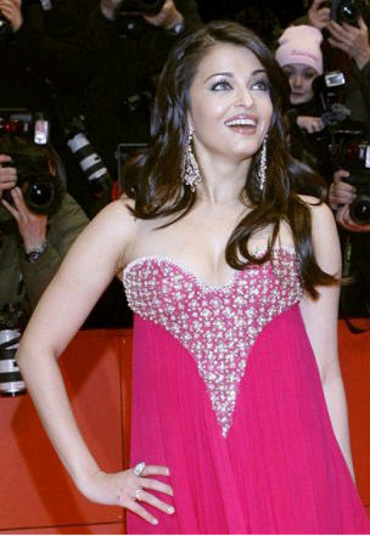 Aishwarya Rai in Pink