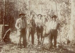 old picture of lumberjacks