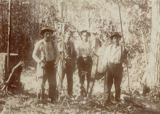 old picture of lumberjacks