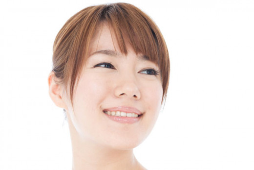 Bangs- Bangs add thickness to the front part of your face and work to keep the focus on your face instead of your hair.