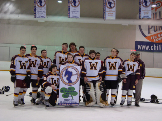 Wildcats Midget A team and their 2nd place finish in Virginia