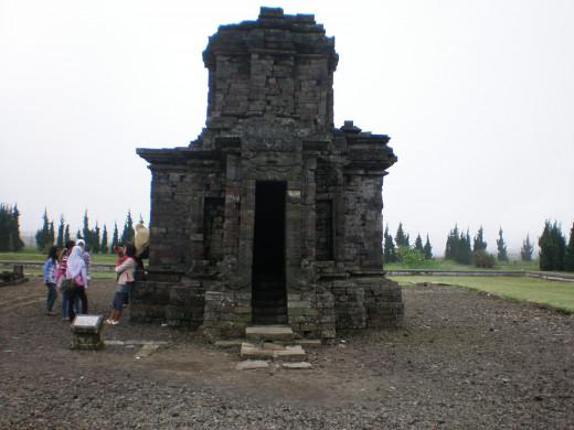 Srikandi Temple.