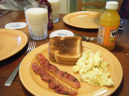 The deluxe resorts offer kitchens. But breakfast can be done in any of the hotel rooms