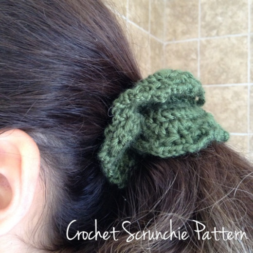 Learn how to crochet a hair elastic scrunchie.