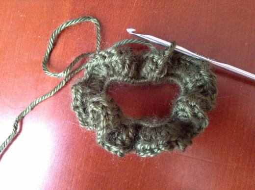 Crochet 2 double crochet in each stitch around.