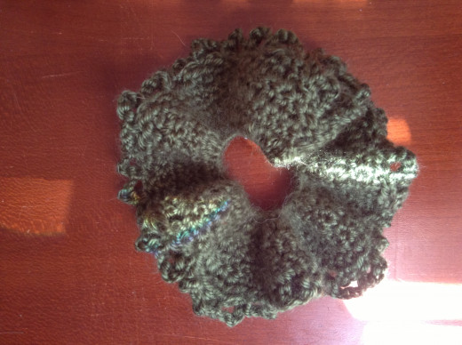 Frilly crocheted scrunchie!