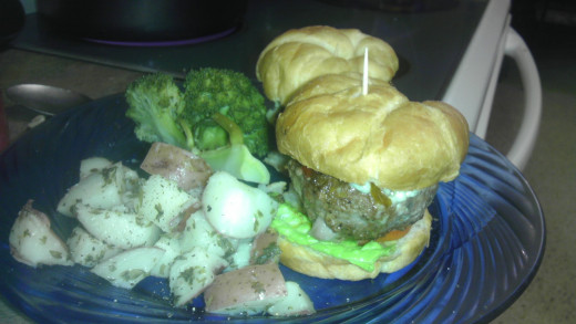 Sliders, like typical burgers, go great with any side dishes. I made parsley potatoes and steamed broccoli to accompany mine. Enjoy.