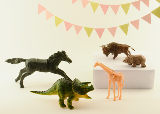 Plastic toy animals