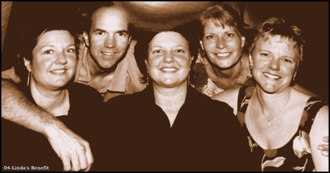 2004-Posing with family at my benefit