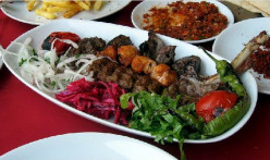 Grilled mixed meat
