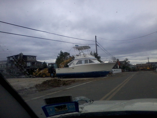 Hundreds of Boats scattered on many roads.