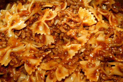 Delicious bolognaise sauce and farfalle - we love trying all sorts of pasta shapes - what's your favorite?