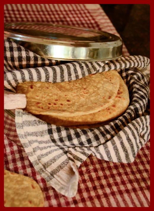 Roti/Chapati are a delicious Indian flatbread