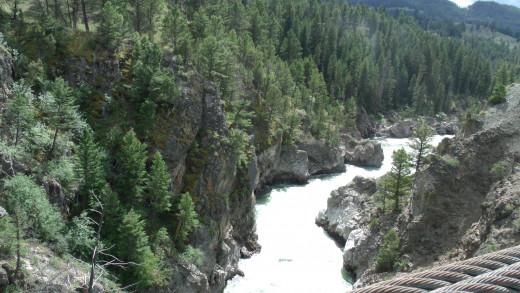 Yellowstone River from the suspension bridge