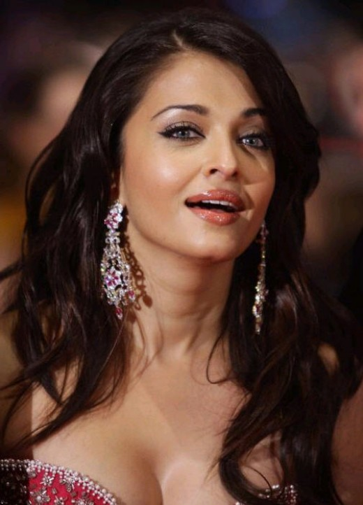 Aishwarya in Pink picture