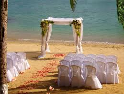 A gazebo has a great effect on the beach