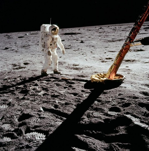 Many of the claims that the Apollo moon landings were fakes is based on the shadow lines, but new software claims the shadows are valid